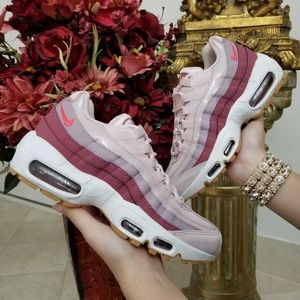 Nike Air Max 95 Women's Shoes Barely Rose